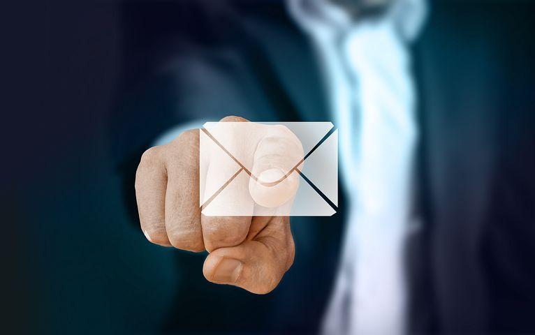 businessman-email